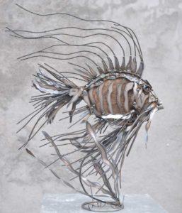 Essence-de-poisson-N°2-bois-et-fer-60X70X40-cm-(3)-Web