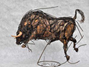 Taureau-massif-65X50X30-cm-(1-Web)